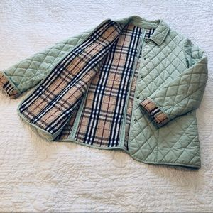 Burberry quilted jacket S/M/L
